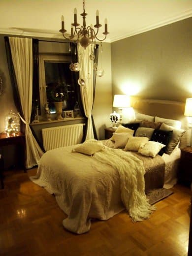 Romantic Bedroom Curtains: 10 Steps To Creating A More Romantic Bedroom