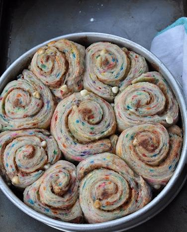 birthday cinnamon rolls recipe