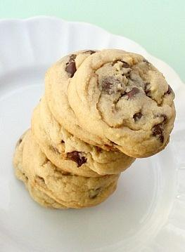 fluffy and chewy chocolate chip cookies