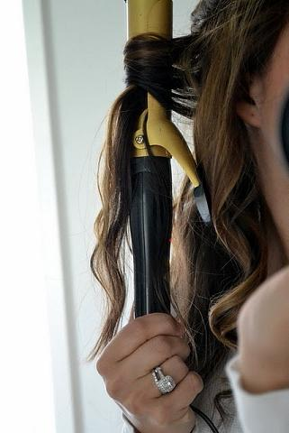 how to curl your hair wavy curls