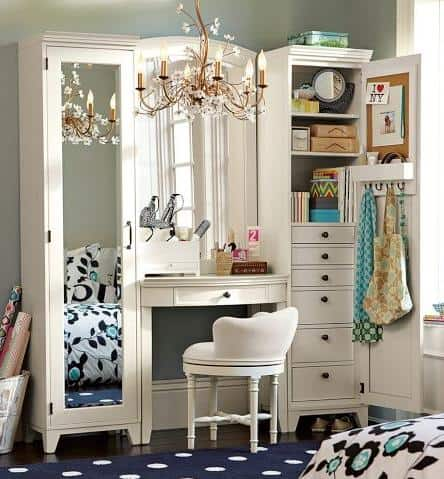 BHG.com: 17 Bathroom Makeup Vanity Ideas