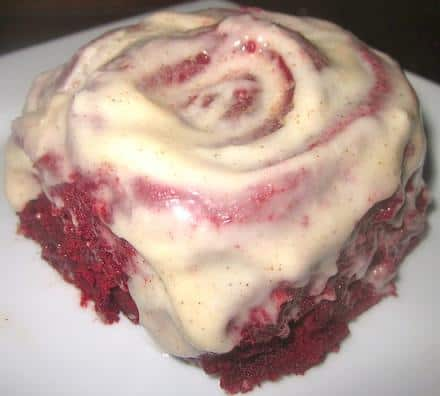 red velvet cinnamon rolls cream cheese frosting