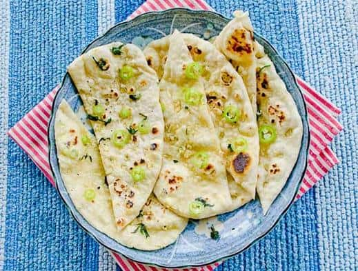 easy stovetop garlic naan bread recipe