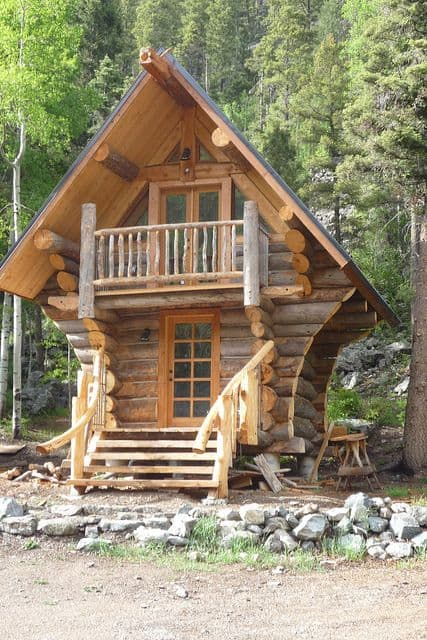 log cabin tiny home