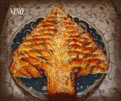 braided christmas tree bread