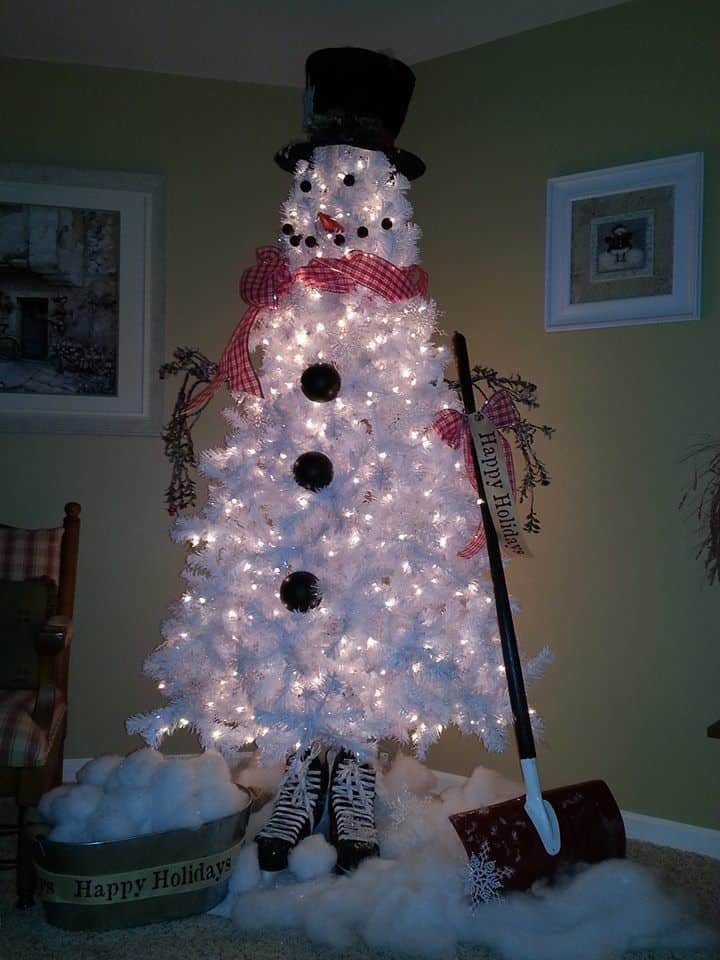 white christmas tree snowman. Black Bedroom Furniture Sets. Home Design Ideas
