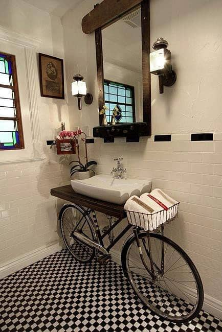 bathroom bike decor