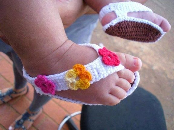 Adorable Crochet Baby Sandals 25 Free Patterns