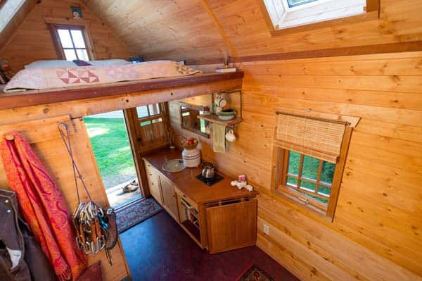 tiny-house-interior