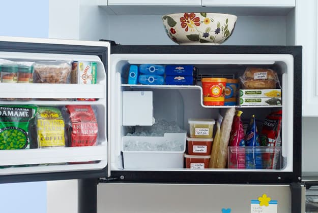 clean organize freezer