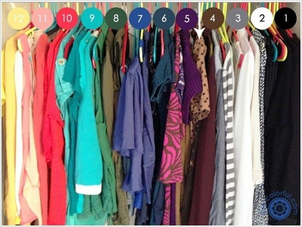 organize clothes by color