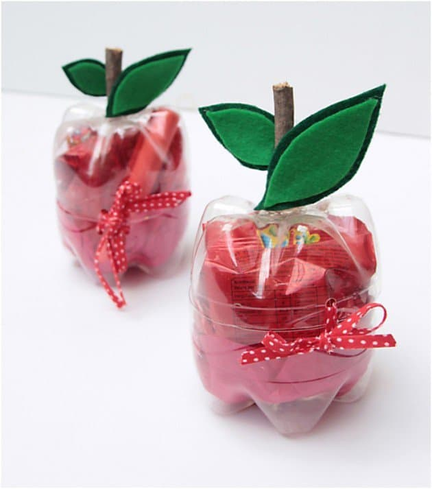 plastic apple containers