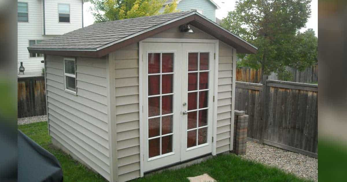 Don t rip out that old shed look at these amazing for Garden shed pub