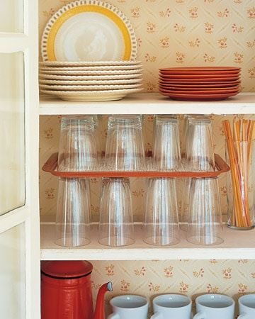 stack glasses on trays