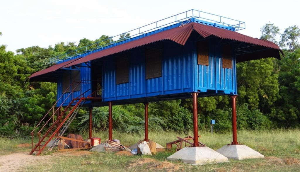 container home stilts