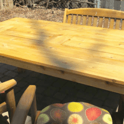This Picnic Table Has A Very Cool Secret