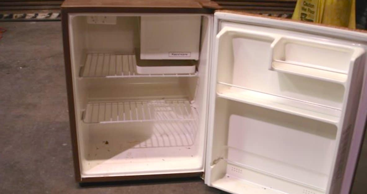 This Diyer Turns An Old Broken Fridge Into Something Awesome