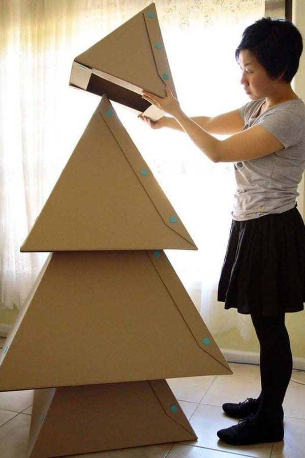 cardboard-box-christmas-tree