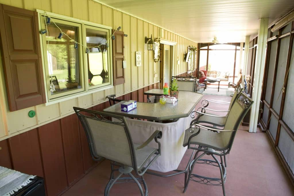 dining-porch2-ann