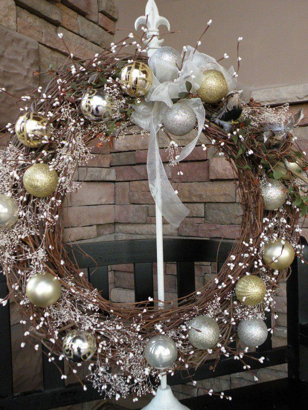 gold-silver-wreath