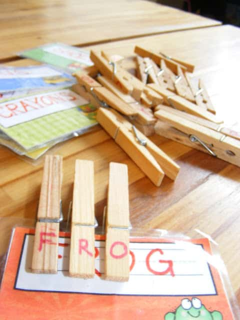 clothespins-spelling