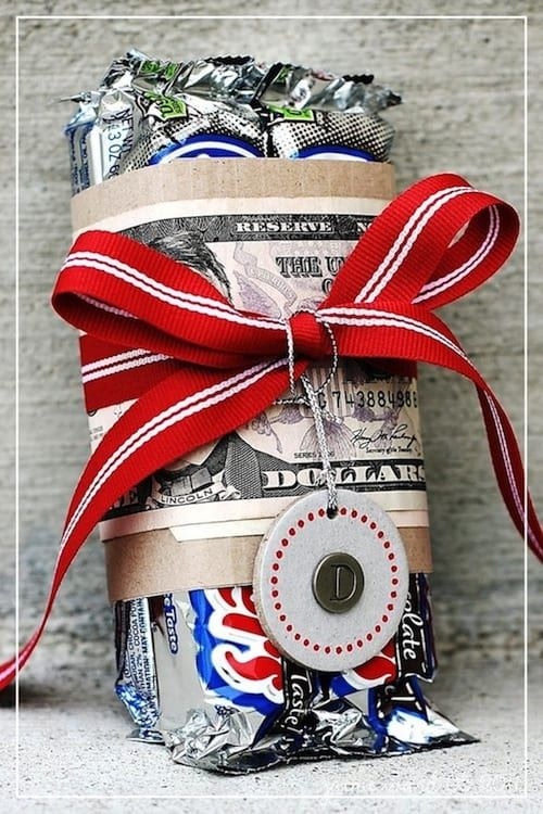 43 fun and creative diy gift ideas everyone on your gift list will creative gift wrap negle Image collections