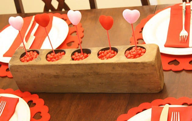 candy-hearts-centerpiece