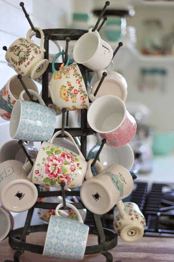 25 Creative Ways To Display Your Tea And Coffee Mugs Diy