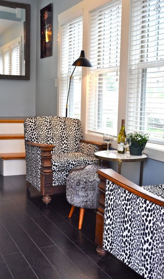 living-room-chairs