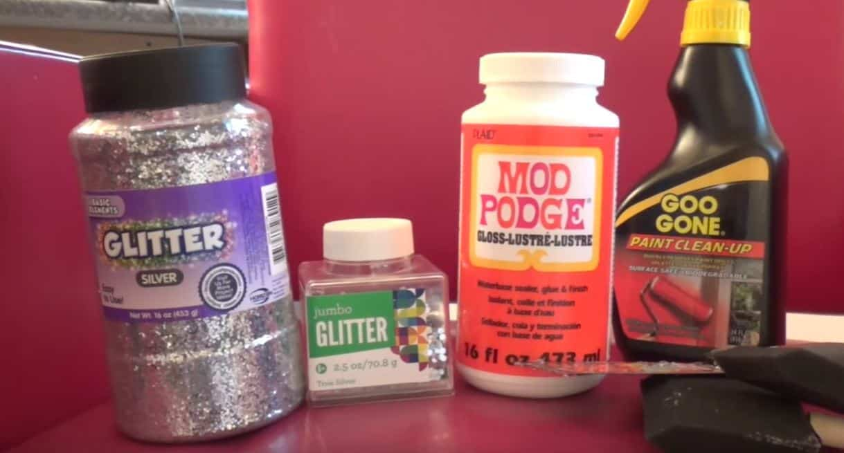 how to spice up any room with diy glitter walls diy cozy home