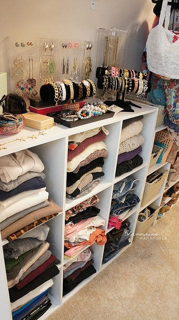 organize-clothes