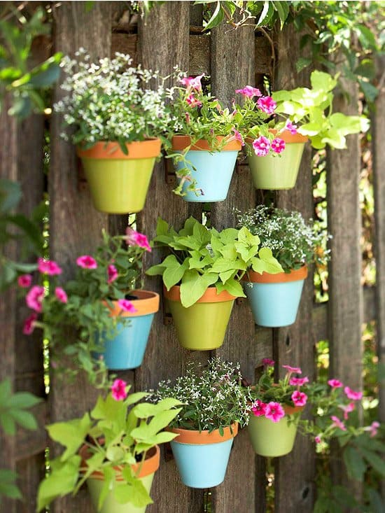 Garden Fence Decoration Ideas gartendeko ideas garden fence decoration ornaments garden ideas Clay Pots
