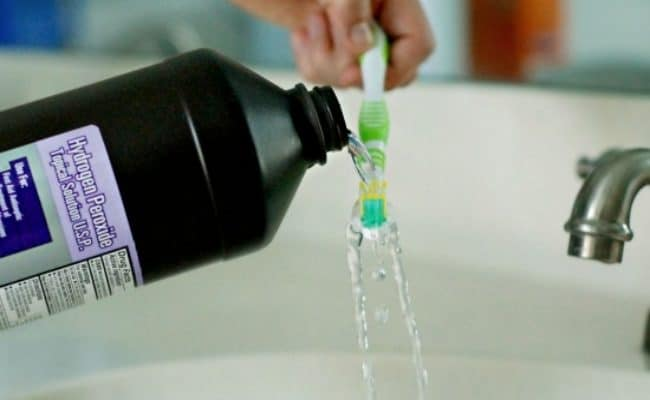 uses for hydrogen peroxide toothbrush