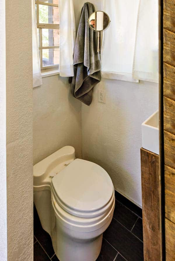 woman built a tiny home bathroom 2