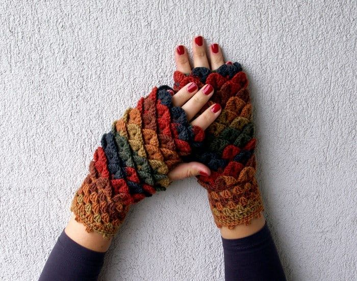 Crochet Dragon Gloves 2