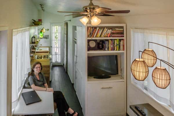 woman built a tiny home living room 1