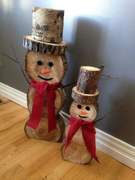 diy christmas decorations log snowmen 2 - Painted Wood Christmas Yard Decorations