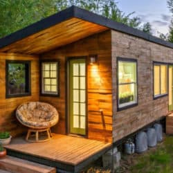 Woman Builds Incredible Tiny Home After Her Divorce