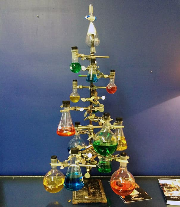 DIY Christmas tree mad-science