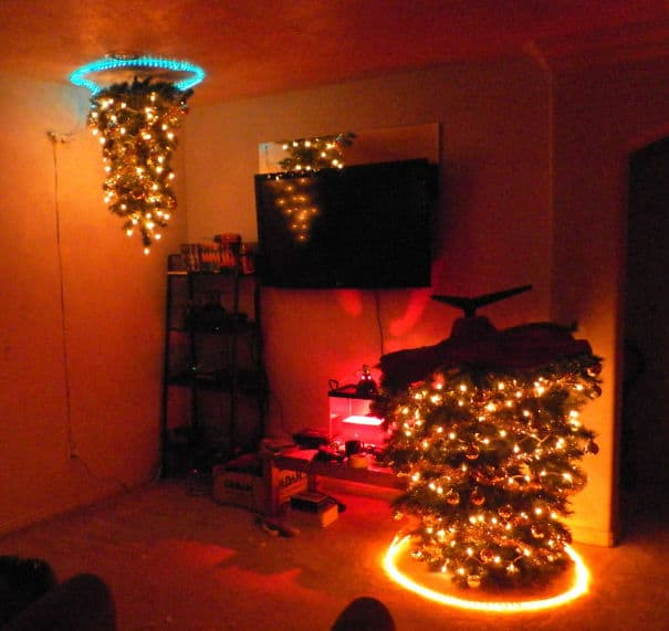 DIY Christmas tree portal