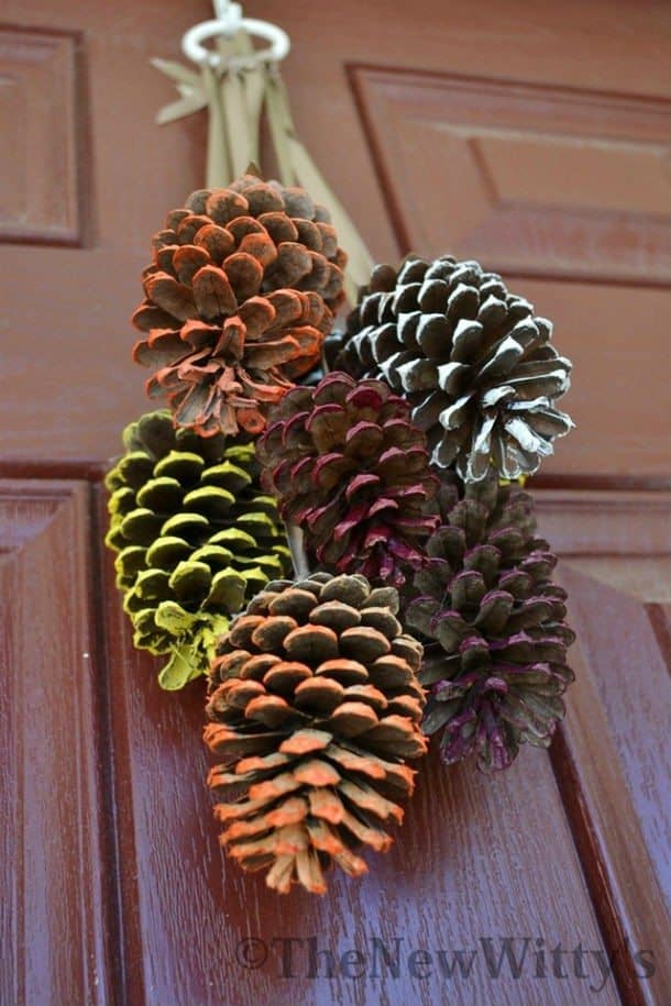DIY pine cone crafts hanging