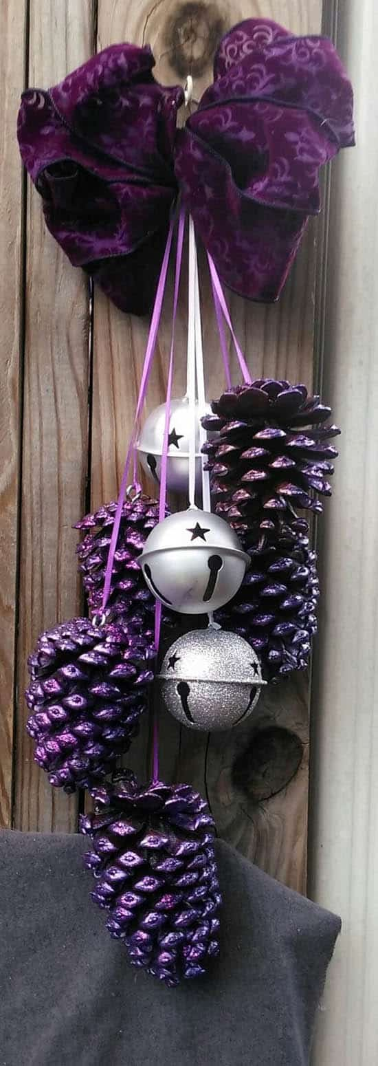 13 Holiday Pine Cone Craft Ideas