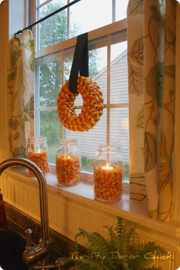 13. This Candy Corn Wreath Is The Perfect Indoor Decoration